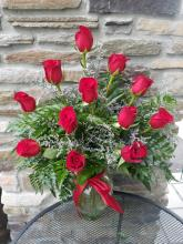 A Classic Dozen Red Roses